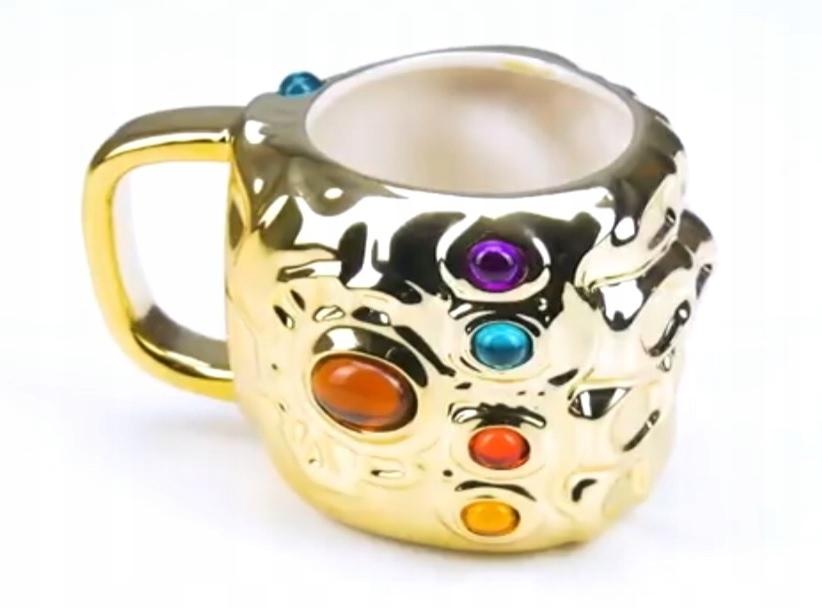 Kubek Marvel Avengers Infinity War 3D Rękawica Thanosa.