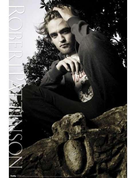 Zamyślony Robert Pattinson - Zmierzch - plakat