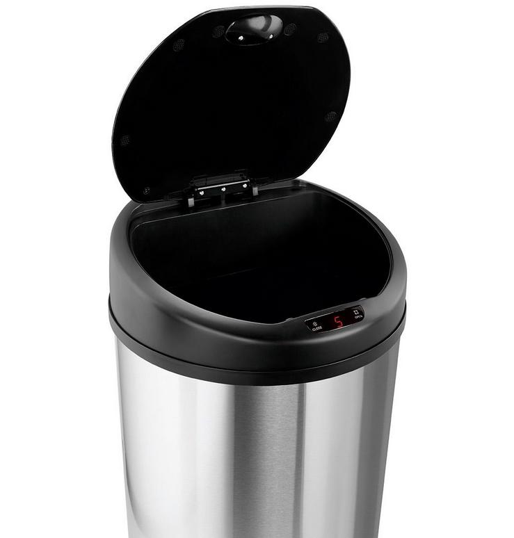 Automatyczny kosz na śmieci Jotta